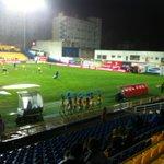 Leeg of niet, Estoril heeft een stel gezellige cheerleaders. Iets voor PSV. http://t.co/nxo8QIdfzL