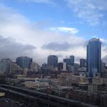 Pretty amazing office view today, I must say. #liveonkomo #Seattle #Thanksgiving http://t.co/3gDDnKbR9K