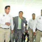Guardias del Congreso del Estado, realizan función de guaruras del diputado @JefteMendez @62LegisOficial #Oaxaca http://t.co/eOeizqjW25