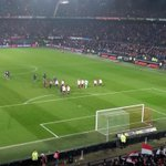 Wat een FANTASTISCHE avond in een kolkende Kuip! #Feyenoord #feysev #EuropaLeague http://t.co/WRBc0V4f8m