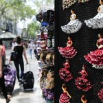 Tarragona no venderá sevillanas ni el Toro de Osborne entre los turistas http://t.co/4lNYrK3JA9 ¿Qué opinas? http://t.co/eW647X6HaH