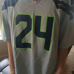 A #Seahawks jersey is perfect attire for #Thanksgiving dinner, dont you think? #GoHawks #BlueThanksgiving http://t.co/8p54m60QFH