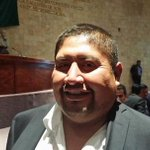 La barbarie en @62LegisOficial @FREDDYGILPINEDA arremete a golpes contra @JefteMendez http://t.co/0Bi4UeSivq #Oaxaca http://t.co/sgPmQSBz2C