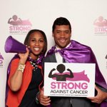 @DangeRussWilson facing off against 2 opponents the 49ers&childhood cancer.ThanksgivingBlessing #StrongAgainstCancer http://t.co/SQMvvqhTiA