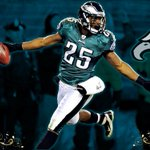 Whos got the @Eagles beating the Cowboys today? http://t.co/o1e5p8TR27
