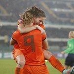 VIDEO Matchwinner Vivianne Miedema: Het besef is er nog niet http://t.co/Dc7Jfl3joF #WWC2015 @vrouwen_voetbal http://t.co/LorbnA8nyr