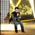 """#Lorenzo infuoca l'Arena con """"Light My Fire"""" nella versione di @will_young31. #XF8 #XF8Power Che ne pensate? ???? http://t.co/hrugCedzVr"""