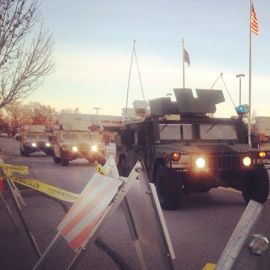 National Guard out in #Ferguson on what has been a peaceful #Thanksgiving so far. http://t.co/wSUo2Lfb0W