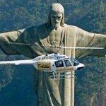 quando um mosquito começa a te irritar e você se prepara para matá-lo http://t.co/zntGuCl1tb