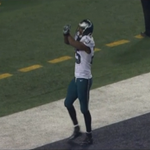 VIDEO: LeSean McCoy mocks Dez Bryants touchdown celebration http://t.co/8fMC2t1kdi http://t.co/6T1CFwMbkv