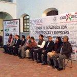 Me encuentro en la firma de Convenio con Universidades y Empresas de la capital. #Oaxaca #TwitterOax http://t.co/JJ1cQr2hvs