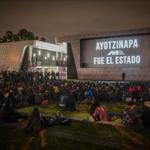 Cineastas exigen liberación de lxs presxs del #20NovMx. Cuarón, Iñárritu, Del Toro http://t.co/k58Z3HCRsj http://t.co/IwOgHT5SNa #YaMeCansé