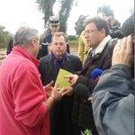 [en direct] Pierre Soubelet, Prefet du #Var à la rencontre des sinistrés de @villelalonde83 http://t.co/Qnozn9oCTA