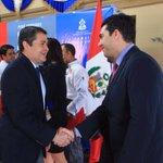 Me siento sumamente orgulloso de trabajar en este Gobierno con este Presidente...@JuanOrlandoH #HONDURASESTACAMBIANDO http://t.co/R5hexUwubt