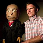 Chester won, Hofmeyr zero http://t.co/mjgXuL5tkC Puppet had the last laugh in court, leaving magistrate unamused http://t.co/rnwkYxzas3