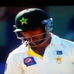 Asad Shafiq wearing a black arm band. All the NZ players are wearing one too. Respect. #PhilHughes http://t.co/V9KDrXpMQf
