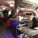 Gisteravond een smakelijke Cooking Business gehad, bij Yuens Oriëntal. De keuken is echt mijn domein hoor. http://t.co/9MNgHOdL3u