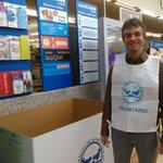 Fsg Navarra @gitanos_org_NAV colaborando en la gran recogida del Banco de Alimentos @Fundacion_BAN http://t.co/P6FcU3LUxq