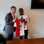 Wat een dagen voor @miquelnelom Winnen van Sevilla én contractverlenging! Vanavond meer in #FeyenoordTV! http://t.co/sp6GWi2wRU