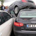 Bahçelinin konvoyunda kaza http://t.co/OjXUZZDTZU http://t.co/t3yGQGZCYX