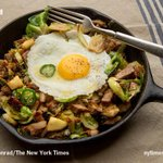 This morning, turn your Thanksgiving leftovers into breakfast http://t.co/ybqs08cvre http://t.co/DlPUQ0x0W2