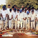 RT @CricketNDTV: From Mumbai cricketers to India hockey team and Viv Richards, touching tributes to #PhilHughes http://t.co/mrj8IzzO00