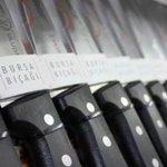 Yıllardır deplasmana hediye olarak gtrdgmz Dünyaca Ünlü BURSA Bıçaklarımız ndn hp yanlış anlaşılmştr.Anlamış değilim. http://t.co/xrV0OtD2cX