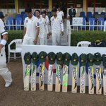 "RT""@SAMAATV: Remembering Hughes: #putoutyourbats tribute to #PhilHughes goes viral. Details: http://t.co/e8iFFpCasZ http://t.co/UP19x4bOro"""