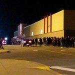 Target in BLIP now lined up passed the building #BlackFriday #Halifax http://t.co/6mkyfUYytI