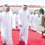 سمو الامير في مقدمة مستقبلي ولي عهد ابوظبي الشيخ محمد بن زايد لدى وصوله الدوحة اليوم . #قطر  #الامارات http://t.co/bkf441dHt4