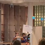 Kinderen uit #Schiedam Oost vragen in de Kindergemeenteraad hoe culturen elkaar beter leren kennen! @KGRSchiedam http://t.co/XZfCmLznFz