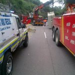 M13e still closed @ PioneerRd as TruckRecovery continues! @Rieks_Towing @ECR_Newswatch @ER24KZNHighway #PoliceRescue http://t.co/IK2IeODaZ7