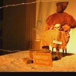 """La polémique performance #ExhibitB, qui rappelle les """"zoo humains"""" a été annulée hier soir >>http://t.co/gOnwCAJGTg http://t.co/kfbs5pwcPe"""