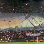 De Makert van dit #Kunstwerk #Feysev zou zijn naam moeten veranderen in #Rembrandt van #Feyenoord. http://t.co/U2hFpRJsGH