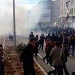 Polis ablukasına alınan Dersimde Bahçeli gönül diliyle başlayıp teröristle bitirdi http://t.co/6zeGsMqyUQ http://t.co/gJyqEw6uXv