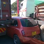@Ma3Route Accident near KPA Msa Gate 8- car sandwitched between 2 trailers...Wrong move by the car driver! http://t.co/O9ToMtfWTf