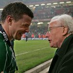 Sad news as Ireland rugby legend Jack Kyle passes away aged 88 http://t.co/qEocquKDAL http://t.co/Lg3OMwCv5A