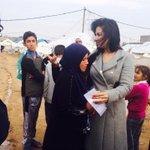 لقطة معبرة من داخل المخيمات العراقية انذلت نسائنا#العرقيات وتيتموا اطفال #العراق @Souhair_Alqaisi مُحبين #سهيرالقيسي http://t.co/6Hu3VSfJ6F