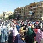 "Calling upon a youth ""Intifada"" #Egypt today takes to the streets - significantly larger protests witnessed (Fayoum) http://t.co/HSbvPfFU8y"