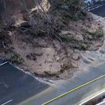"""UPDATE: """"Huge amount of water"""" caused 403 mudslide #HamOnt http://t.co/4uHpexeYyP http://t.co/AVXugYxOrO"""