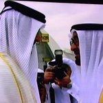 لقطات من استقبال سمو الامير للشيخ محمد بن زايد بالدوحة وجلسة المباحثات بين الجانبين .. #قطر  #الامارات http://t.co/y86TbptRt1