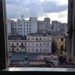 Hay días que desde mi ventana La Habana parece más real, no se, más libre... #Cuba http://t.co/GBdJuVKwmS