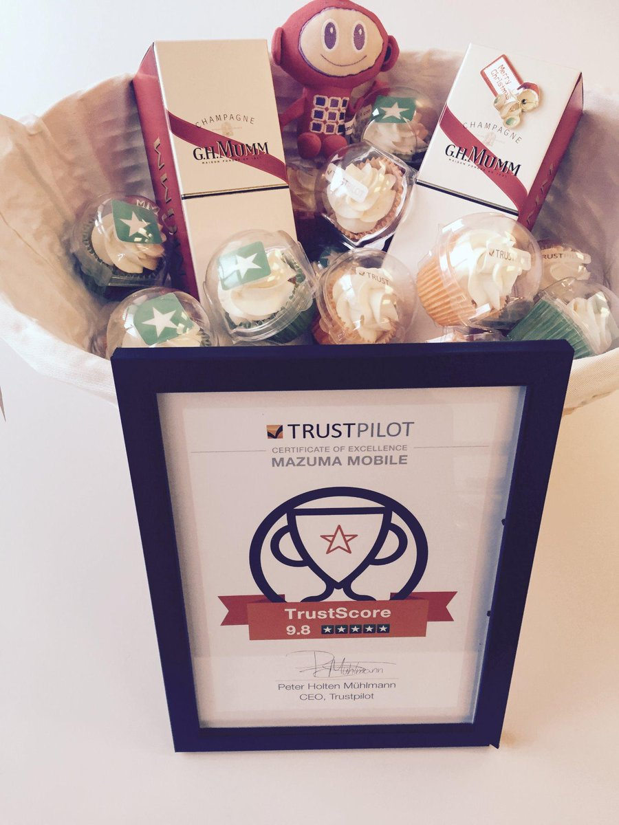 @Trustpilot Thanks for the nomination and goodies!! It's party time!! #Highflyers http://t.co/Tlpl17LBEf
