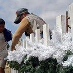 #Machala | Adornos y motivos especiales serán parte del entorno en el árbol navideño de la #CapitalBananeradelMundo. http://t.co/o7GoQa9dmO