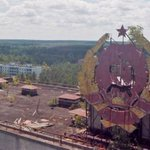 Chernobyl disaster city captured in incredible drone footage 28 years later http://t.co/iEExfFe4D5 http://t.co/gwEbgmX5T9