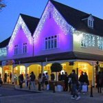 Bicester Village gridlocked by Black Friday shoppers http://t.co/F28OBA14KZ http://t.co/wgGgSqnnmV