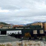 Sierra Nevada cuidando siempre de la increíble Granada. Nos vemos esta noche en el Palacio de Congresos. #fotoHofmann http://t.co/P5B4akMU1D