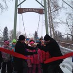 Rideau Park Pedestrian Bridge is officially re-opened for business. #yyc #yyccc http://t.co/nehsai1ASl