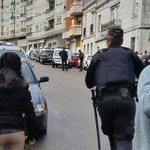 #ÚLTIMAHORA: Fallece un segundo agente en el atraco a un banco en Vigo http://t.co/nFdVWrxWw9 Son tres ya los muertos http://t.co/dPMCsNNsmh