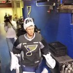 Martin Brodeur stepping out onto the ice in a #STLBlues jersey for his tryout with the team. #WeirdOrWhat http://t.co/2Dlq8cVfQz